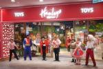 英国発の玩具店『ハムリーズ』が博多にオープン!